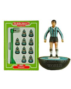GREMIO. Retro Subbuteo Team. Modelled on the LW Figure & Bases From the 1980's.