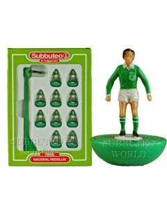 NACIONAL MEDELLIN. Retro Subbuteo Team. Modelled on the LW Figure & Bases From the 1980's. Slight Box Damage.