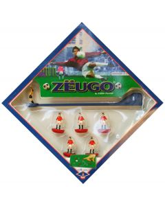 000018A. MANCHESTER UTD, REF 28. ZEUGO 2ND EDITION FROM 2005.