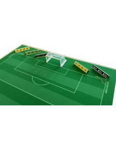 62200 - SET E. PACK OF 5 GROUND ADVERTISING BOARDS.