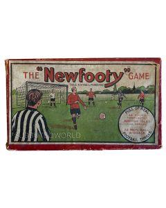 1930's ORIGINAL NEWFOOTY DELUXE SET. Includes 2 Teams, Goals, A Ball & Paperwork.