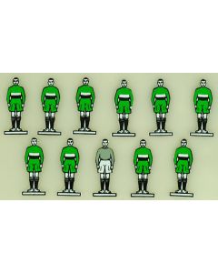 CELLULOID TEAM REF 54. PLYMOUTH. GREEN KIT. mint, no bases