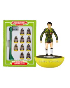 FENERBACHE. Retro Subbuteo Team. Modelled on the LW Figure & Bases From the 1980's.