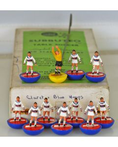 HW040. CRYSTAL PALACE. Late 60's HW Team. Original White Kit. Paint Wear & One Repaired Player. Rare Blue Base, Red Disc.