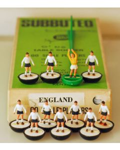 HW154. ENGLAND. Early 70's HW Team. Named 1970 World Cup Box.