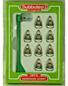 004. WEST GERMANY 1974. FABBRI SUBBUTEO TEAM, INCLUDES BOOKLET.