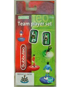 LW331. NEWCASTLE UTD. 2001 LW team. NTL SPONSORSHIP. Hasbro numbered box. Solid Black Bases.