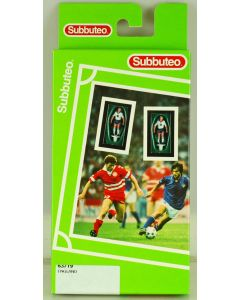 LW719. ENGLAND 1ST 1995-96. Mid 90's Hasbro LW Team, numbered box. Solid Blue Bases.