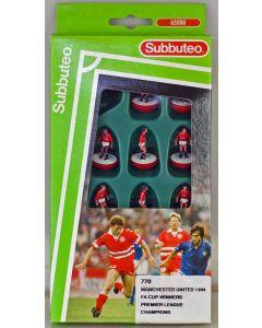 LW770. MANCHESTER UTD. FA CUP WINNERS & PL CHAMPIONS 1994 - SHARP SPONSORS LOGO. 1994-96 LW team, numbered box.