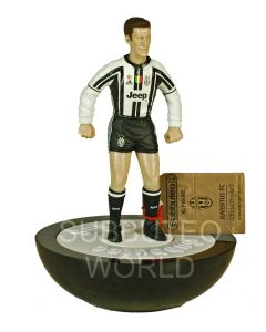 01. A LTD EDITION COLLECTABLE OFFICIAL LICENSED JUVENTUS SUBBUTEO FIGURE.