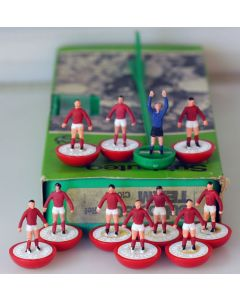 Z001. TUNISIA. BOLTON 2ND. CLIFTONVILLE. MALTA. Hand Painted Team, numbered box.